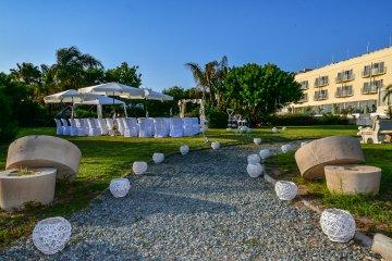 e-hotel-spa-resort